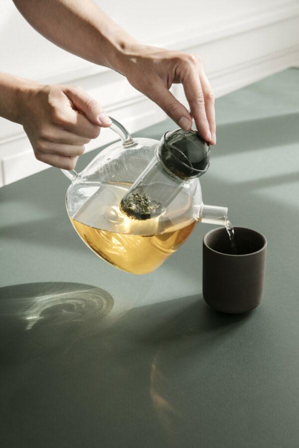 still teapot (Ferm Living)