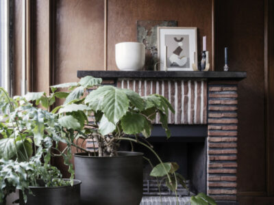 Hourglass pot (Ferm Living)