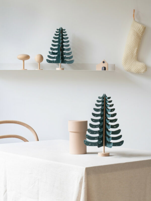 FIR paper tree - Jurianne Manner