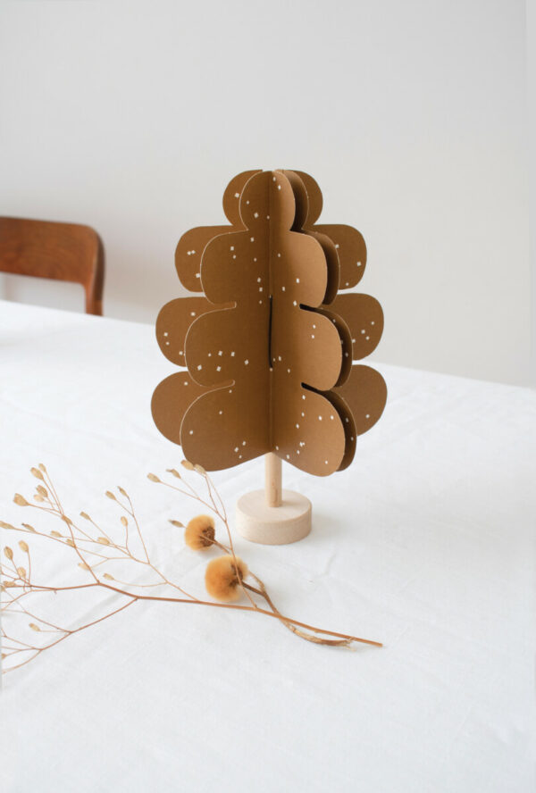 oak paper tree - Jurianne Manner