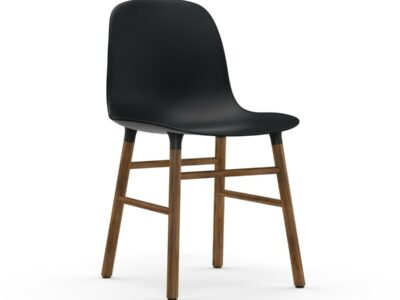 form chair walnoot (Normann Copenhagen)