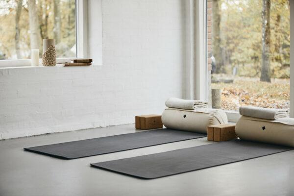 yoga bolster ivory wit (Nordal)